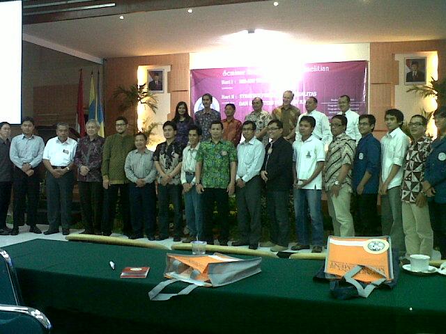 Seminar SEM-UA