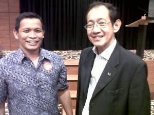 Foto bersama pakar marketing kelas dunia, Bapak Hermawan Kertajaya